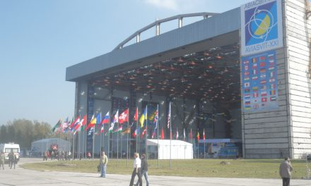"""АН-225 """"МРІЯ"""" НА АВІАСАЛОНІ «АВІАСВІТ-ХХІ-2012» (ВІДЕО )"""